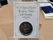 Elizabeth II, Five Pounds 1990 (Queen Mother) in Tatty Pack, UNC, AM13